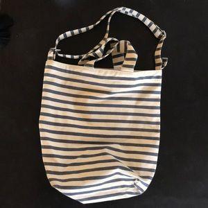 Baggu bucket tote canvas bag.